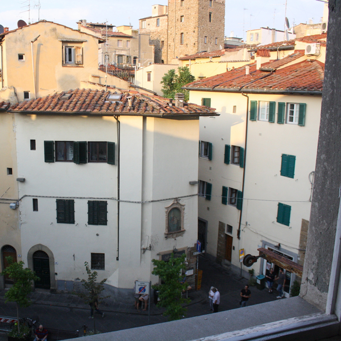 aroomwithaview_rental_apartments_in_florence_gallery_8